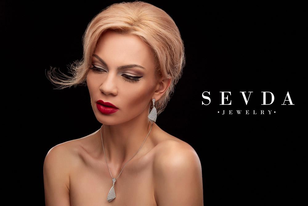 Makeup Sevda Jewelry Lacramioara Tataru makeup artist Constanta machiaj Bucuresti mireasa cursuri nunta salon beauty sedinte foto fashion bijuterii Tulcea