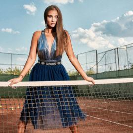 Makeup Sedinta Foto pe Terenul de Tenis